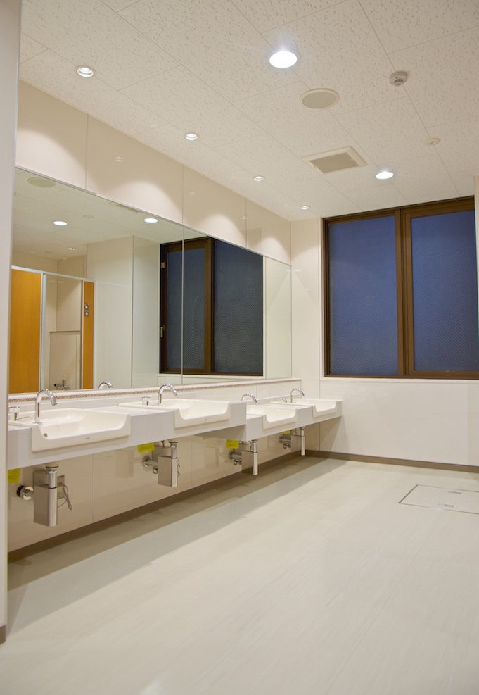 自然学習センタートイレ改修工事(北本市)